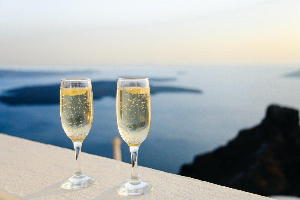 Alkohol ma działanie odwadniające i powoduje wahania ciśnienia