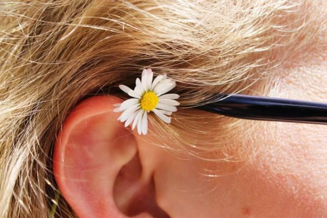 Zapalenie ucha dotyka nie tylko dzieci, ale także dorosłych.
